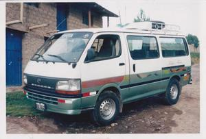 Toyota Hiace 1989 photo - 2