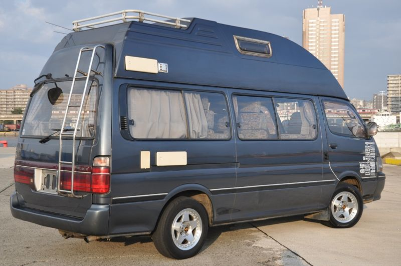 Toyota Hiace 1995 photo - 2