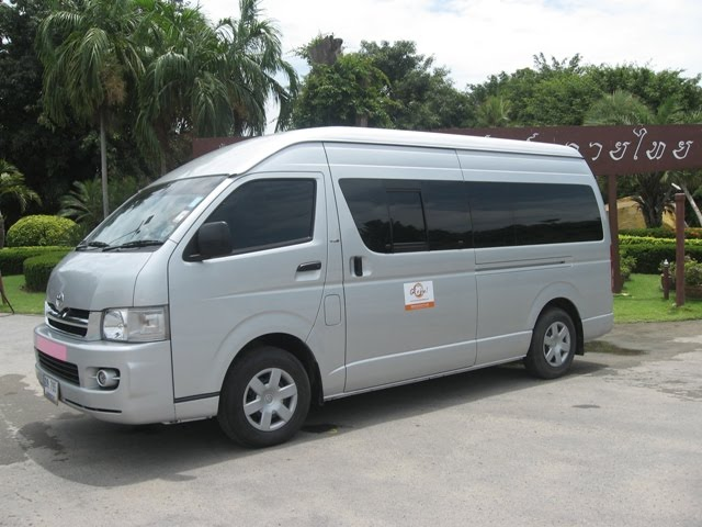 Toyota Hiace 1995 photo - 4