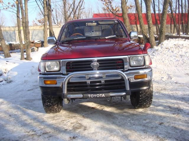 Toyota Hilux 1976 photo - 5