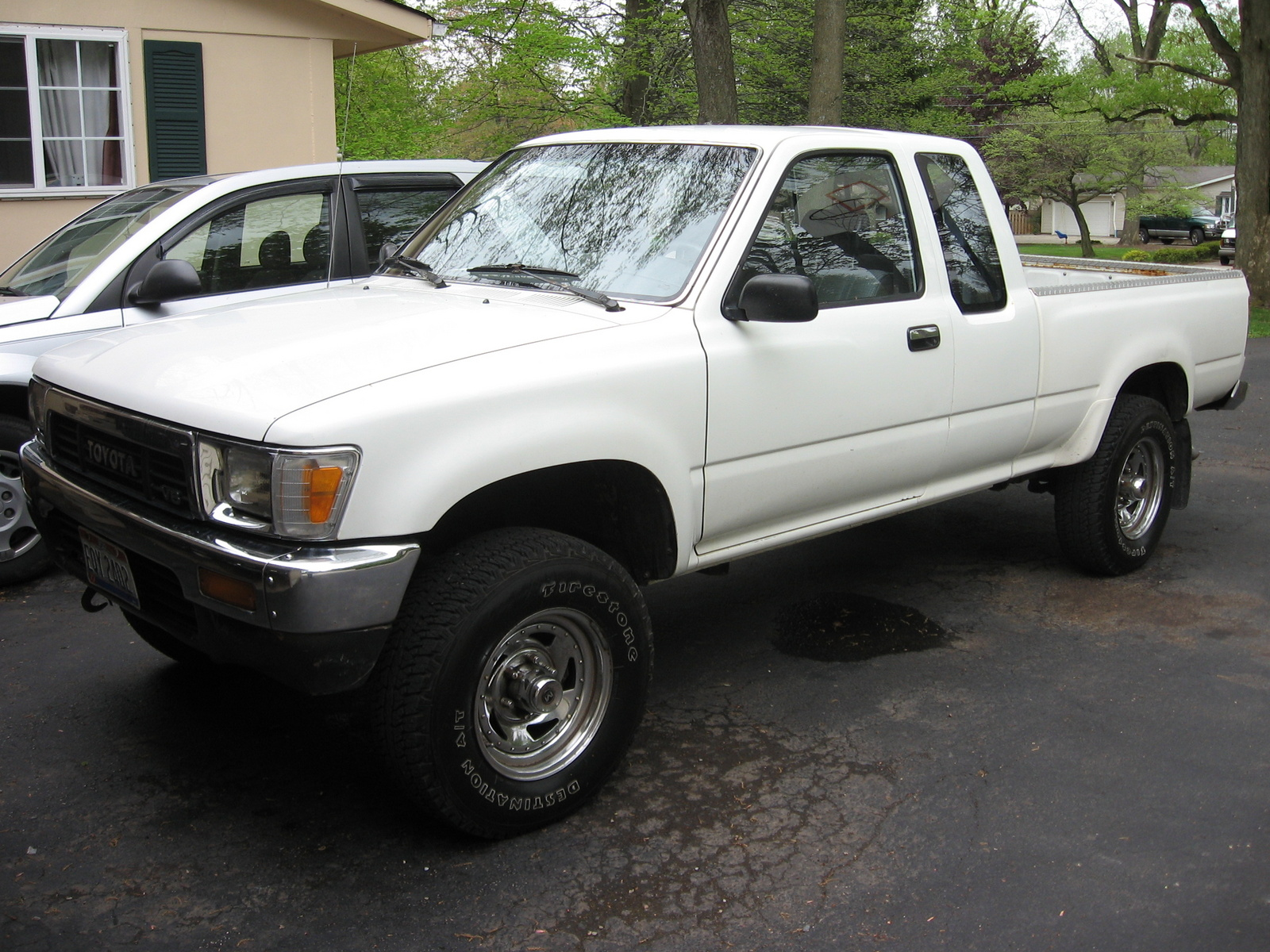 Toyota Hilux 1991 photo - 1