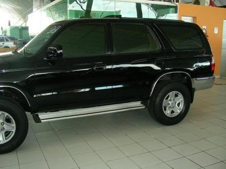 Toyota Hilux 2000 photo - 5
