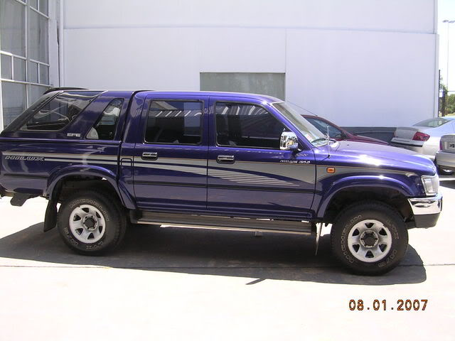 Toyota hilux surf 2007 photo - 3