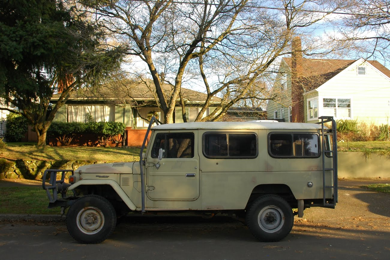 Toyota Land Cruiser 1970 photo - 3
