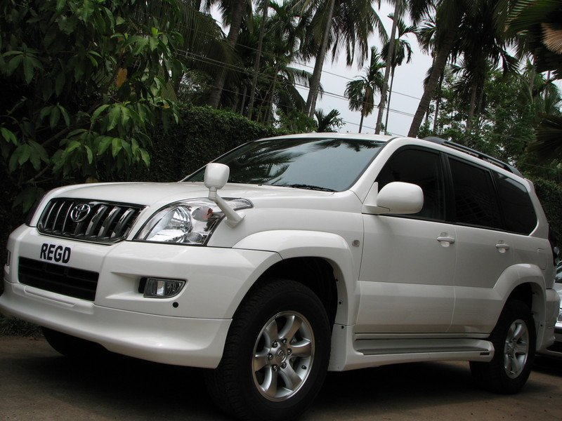 Toyota Land Cruiser Prado 2001 photo - 1