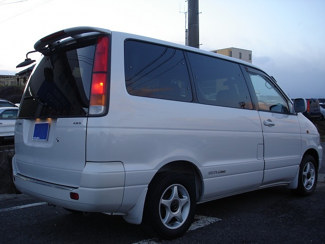 Toyota Noah 1998 photo - 4