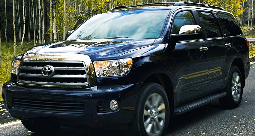 Toyota Sequoia 2004 photo - 3