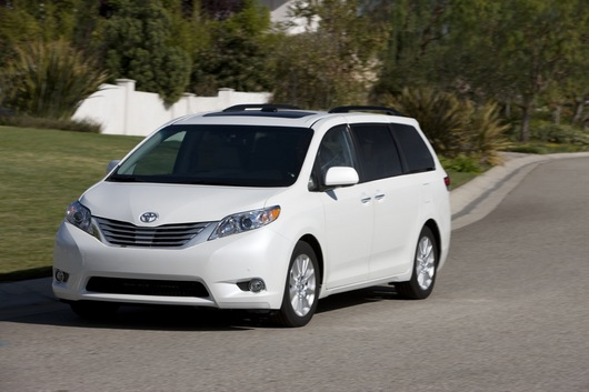 Toyota sienna 2013 photo - 1