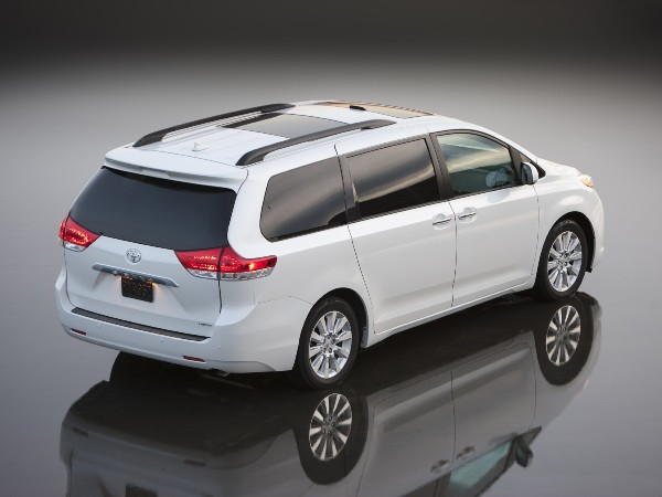 Toyota sienna 2013 photo - 5