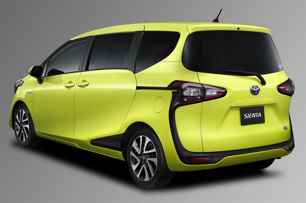 Toyota sienta 2015 photo - 2