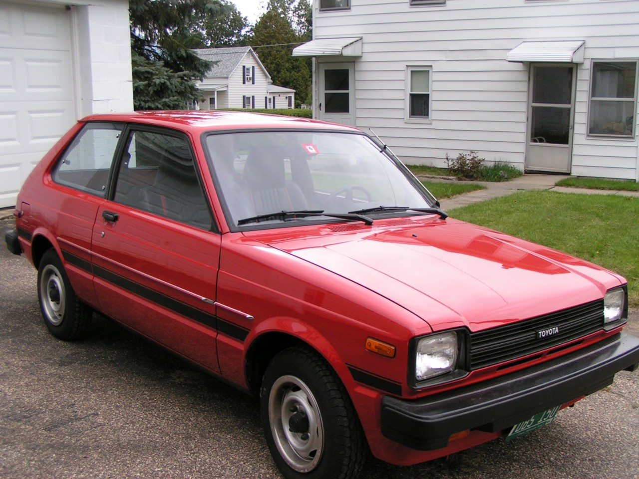 Toyota Starlet 1982 photo - 3