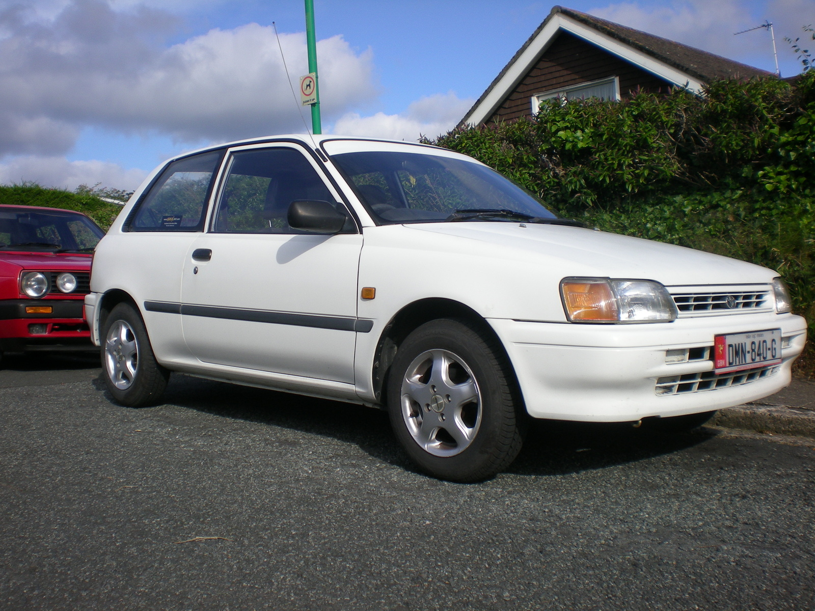 Toyota Starlet 1999 photo - 4