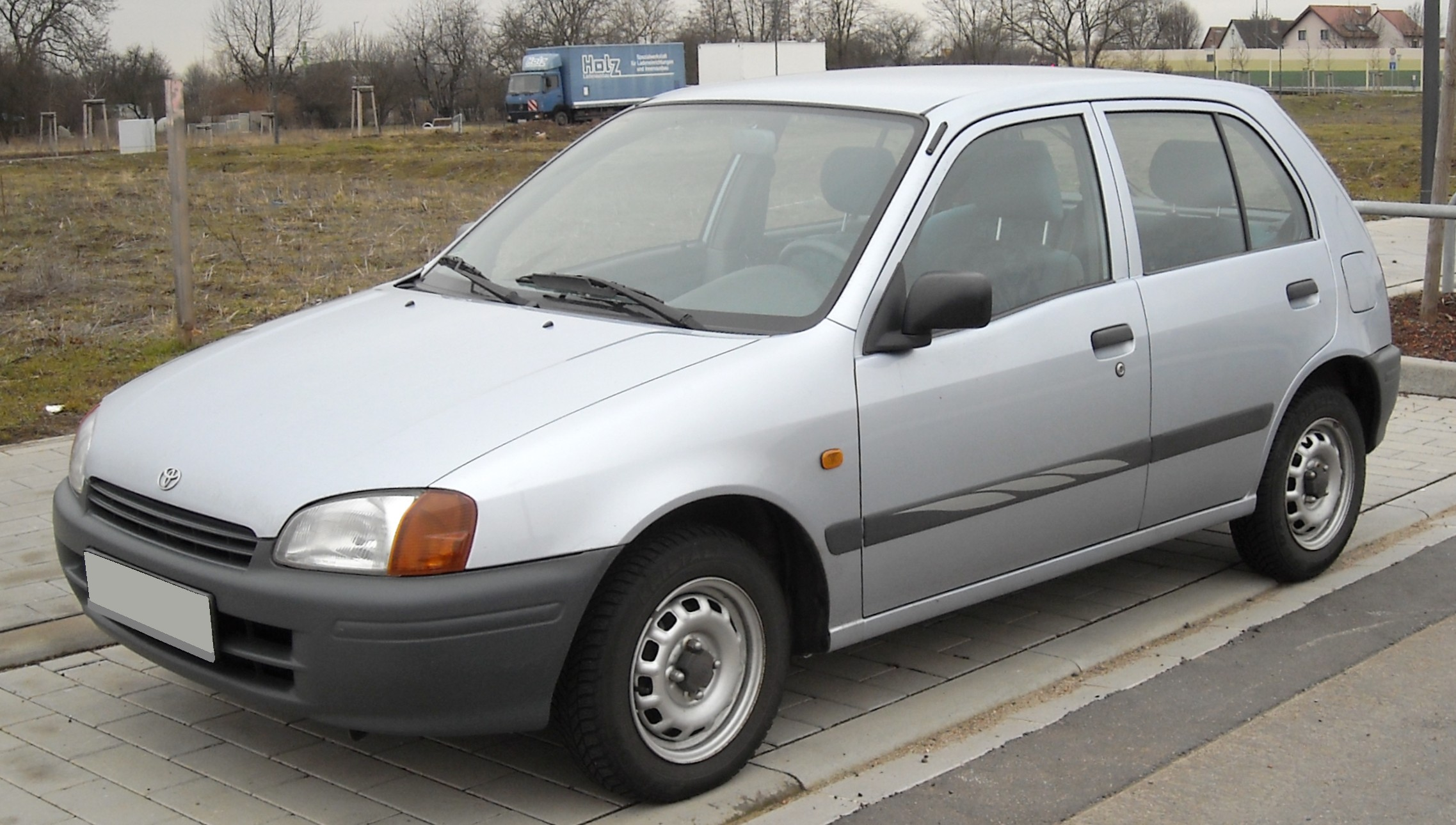 Toyota Starlet 2000 Review Amazing Pictures And Images