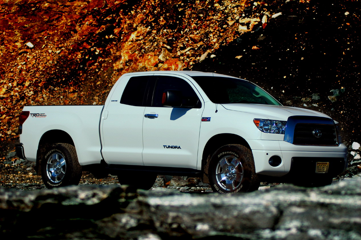 Toyota Tundra 2010 photo - 5