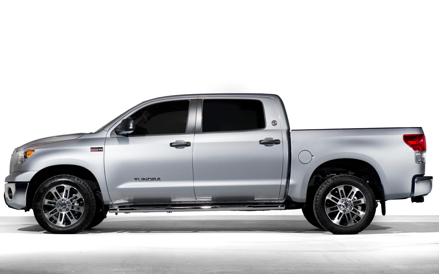 Toyota Tundra 2013 photo - 5