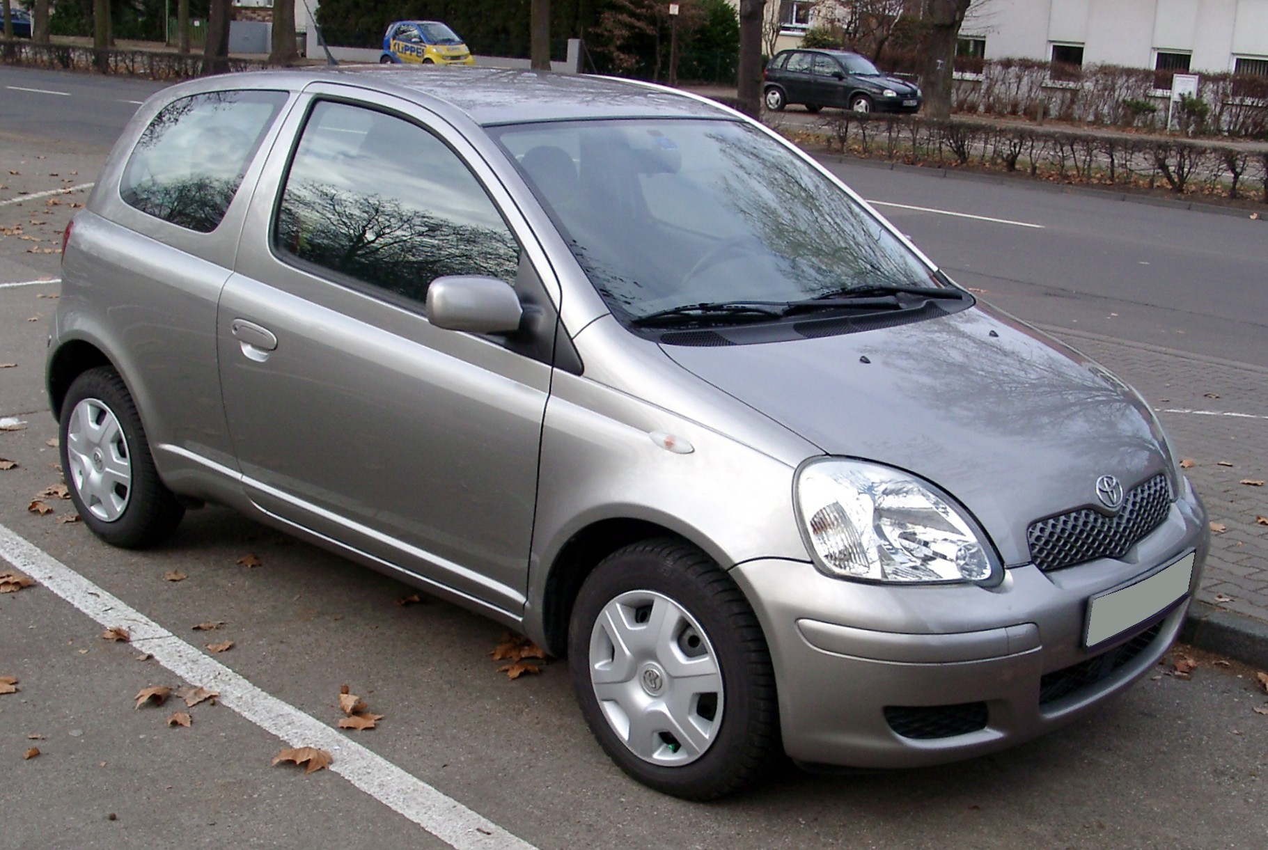 Toyota Yaris 1999 photo - 1