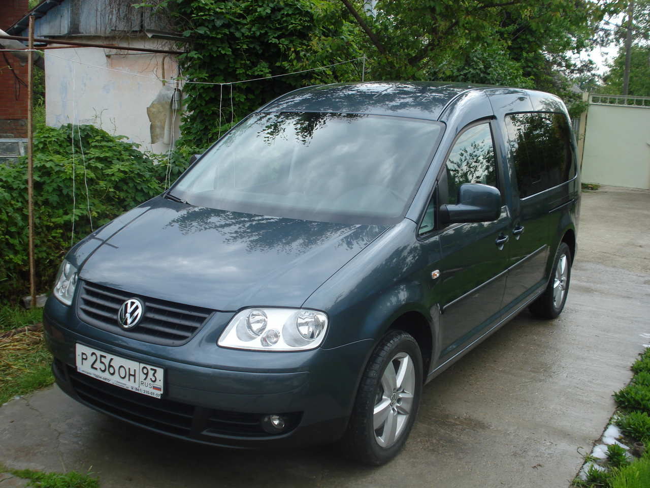 Volkswagen Caddy 2008 photo - 2