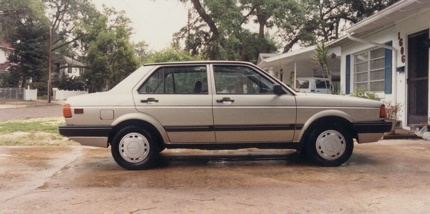 Volkswagen Fox 1988 photo - 1