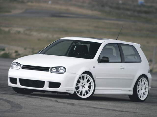 Volkswagen GTI 2004 photo - 2