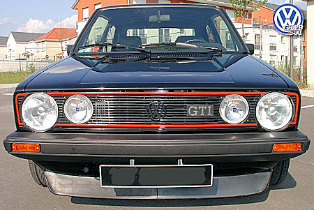 Volkswagen Golf 1983 photo - 2