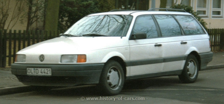 Volkswagen Passat 1988 photo - 2