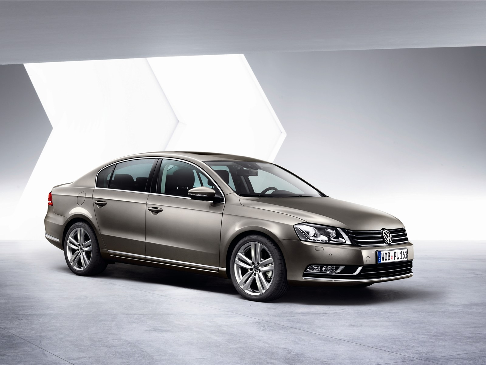 Volkswagen passat 2011 photo - 1