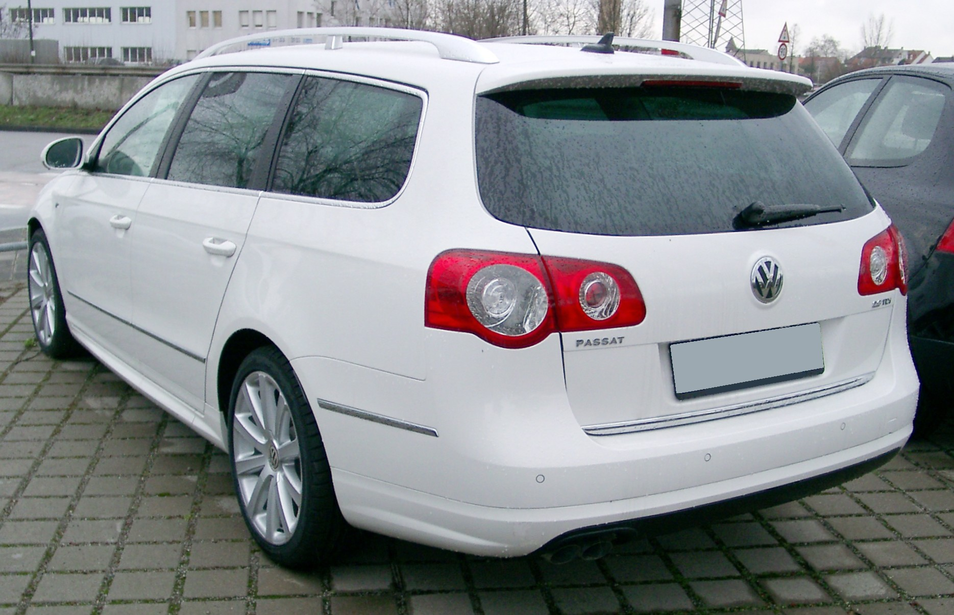 Volkswagen Passat Variant 2008 photo - 1