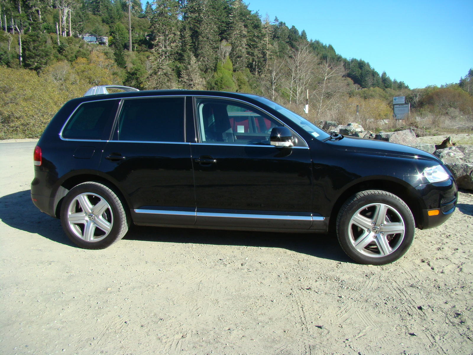 Volkswagen Touareg 2005 photo - 2