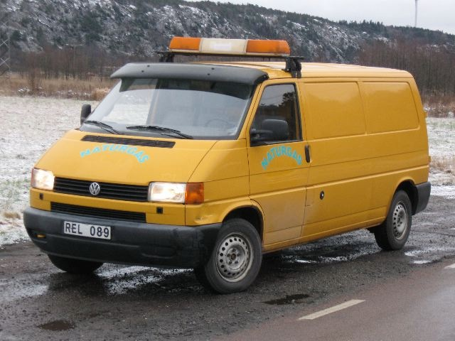 Volkswagen Transporter 2000 photo - 3