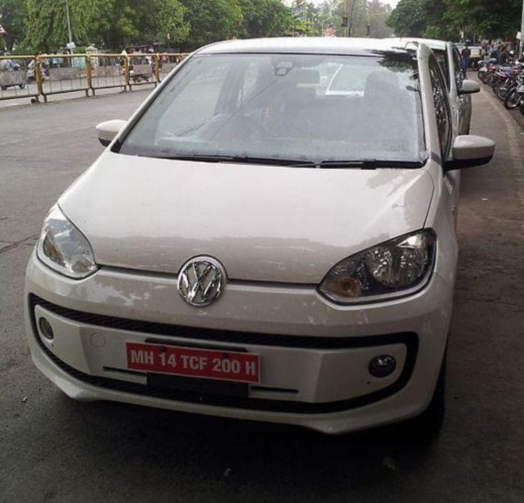 Volkswagen up 2012 photo - 2