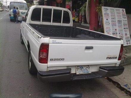 Mazda B2500 2004: Review, Amazing Pictures and Images – Look at the car