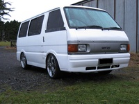 Mazda Bongo 1988 photo - 2