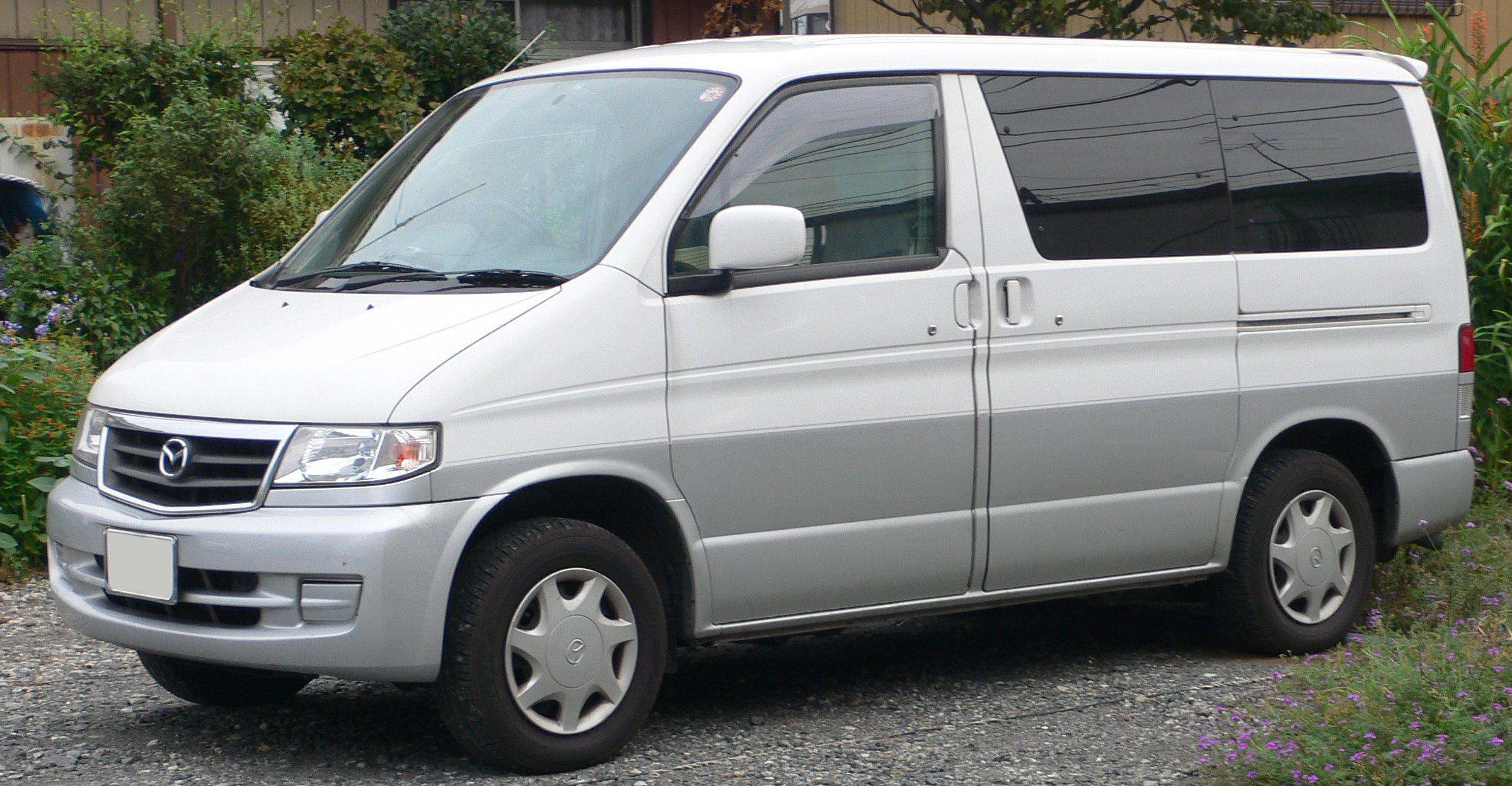Mazda bongo 1998 photo - 2