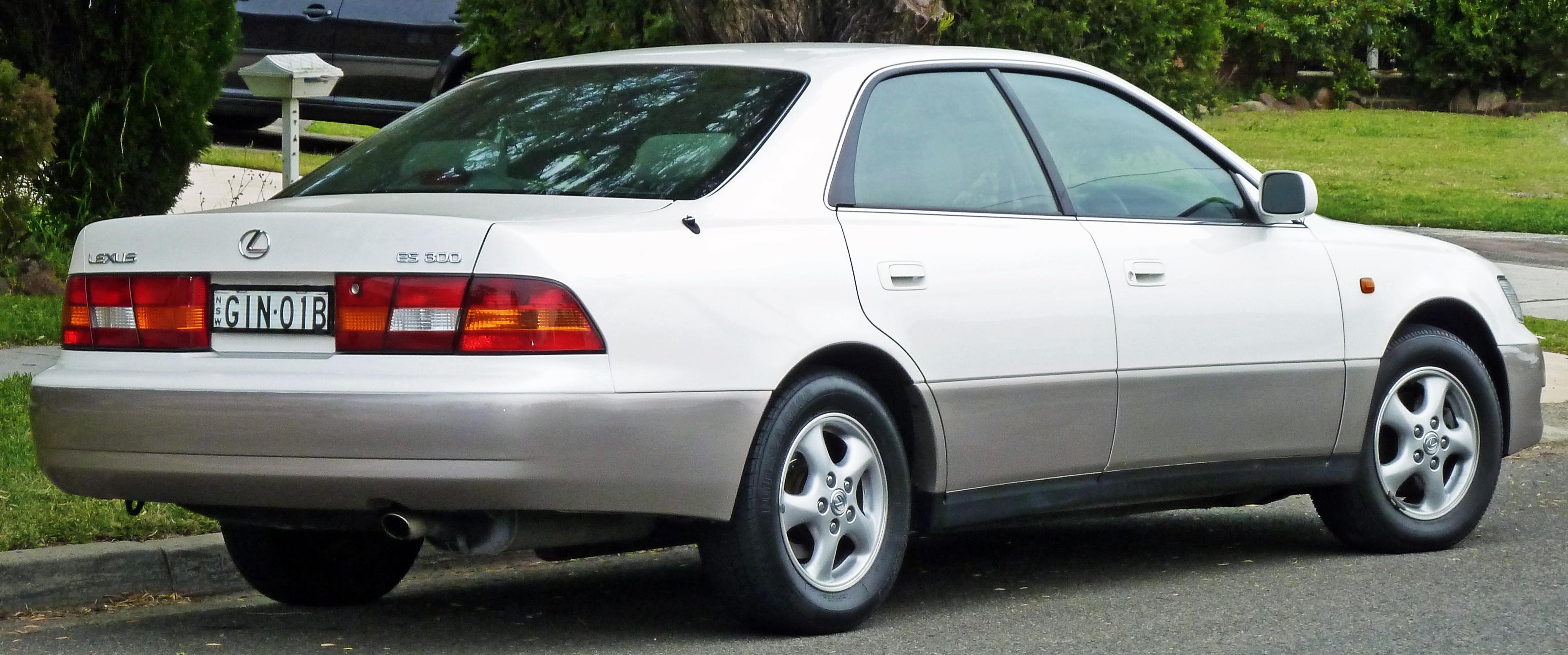 Lexus 300 1999