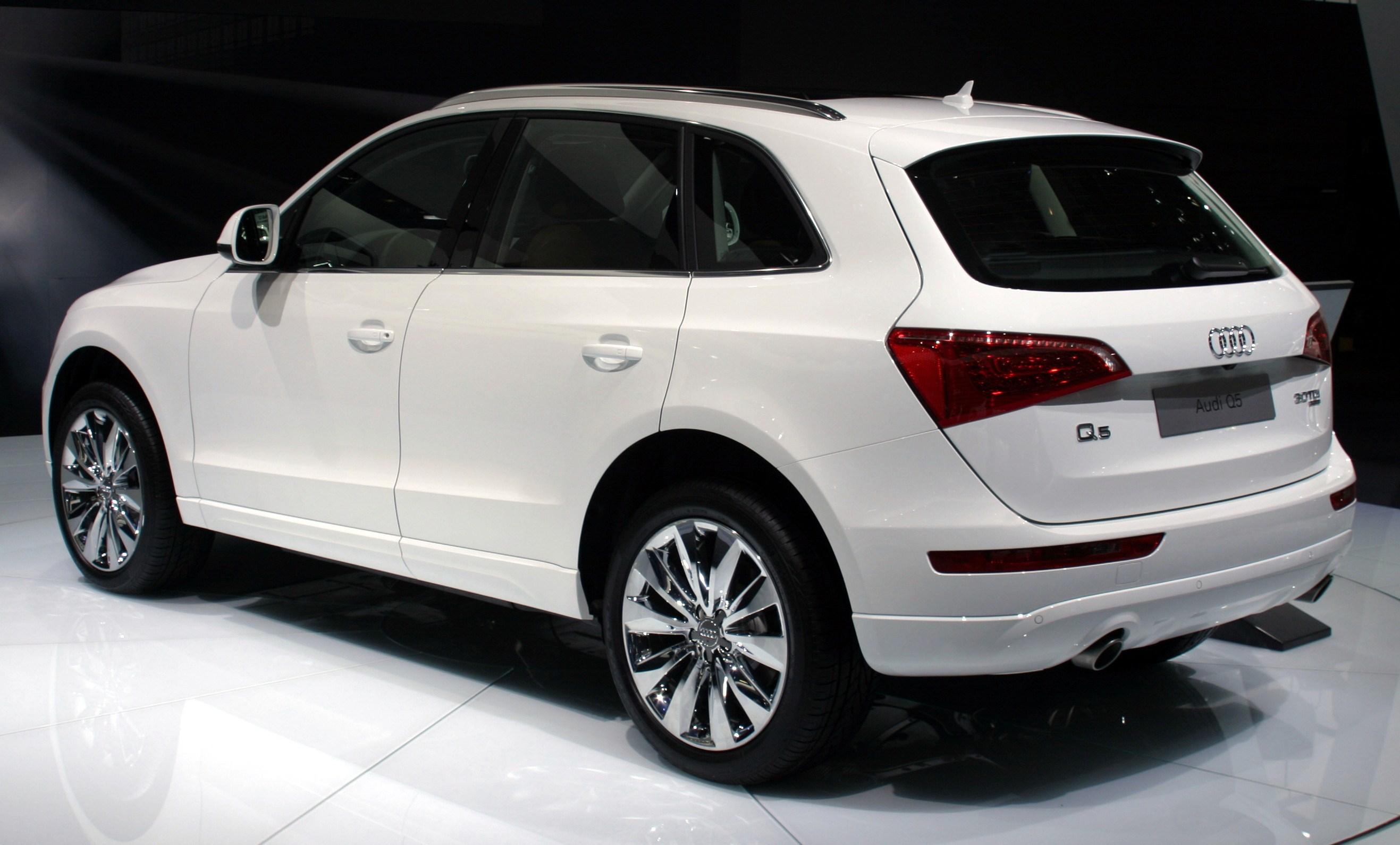 Audi Q3 2008 Photo - 1