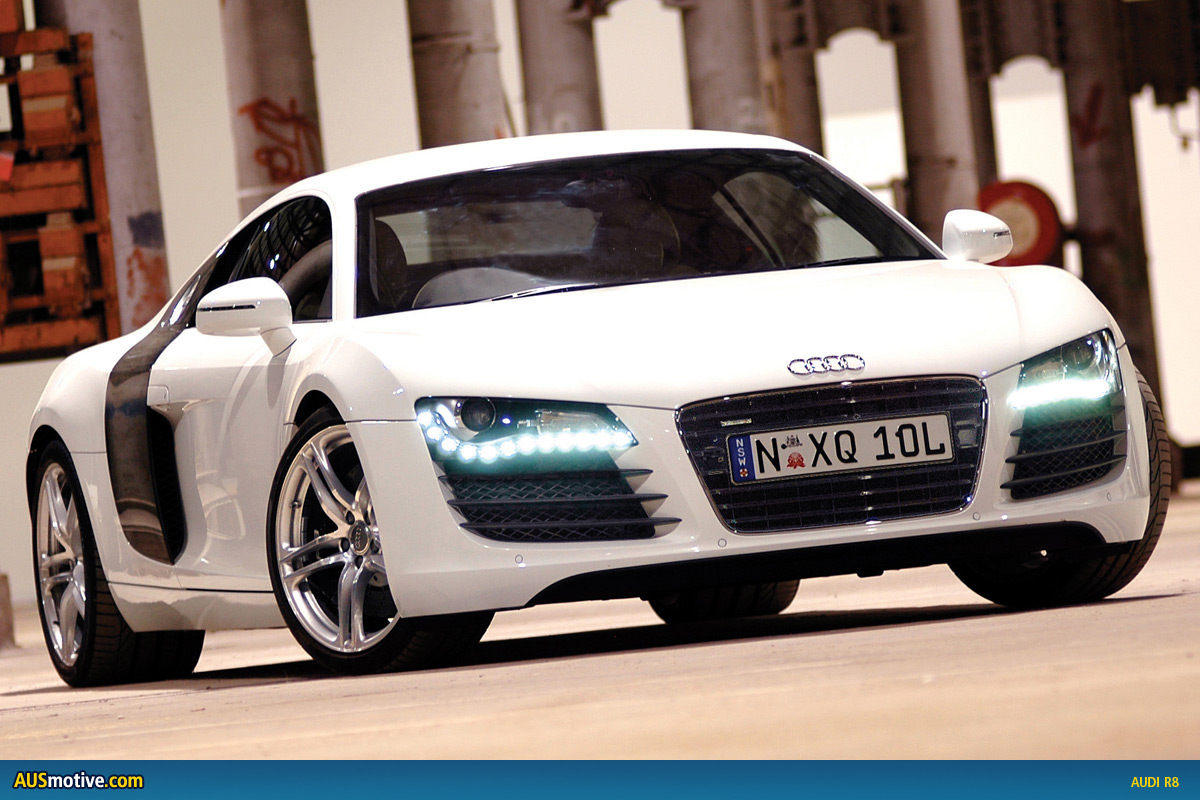 Audi V8 2012 Photo - 1