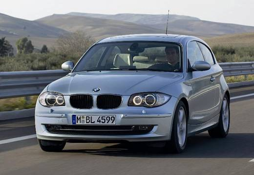 BMW 116d 2009 Photo - 1