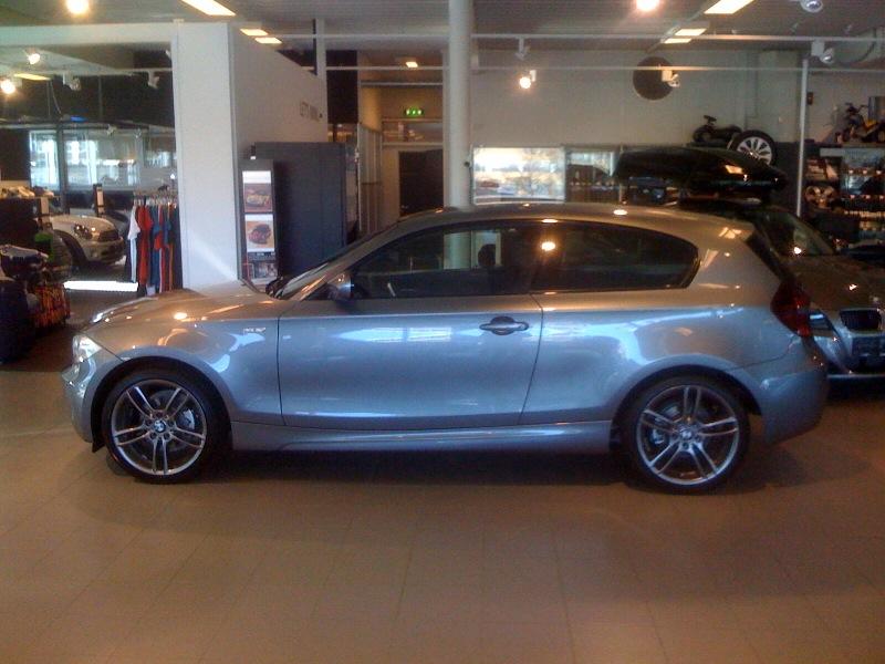 BMW 116d 2010 Photo - 1