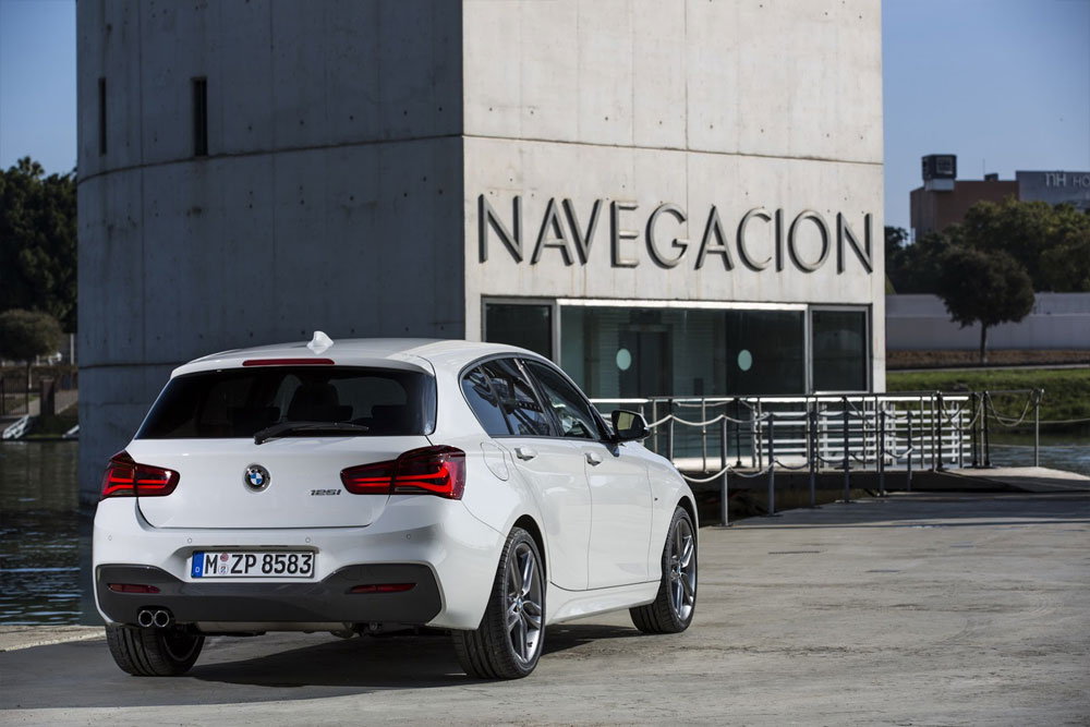 BMW 116d 2015 Photo - 1
