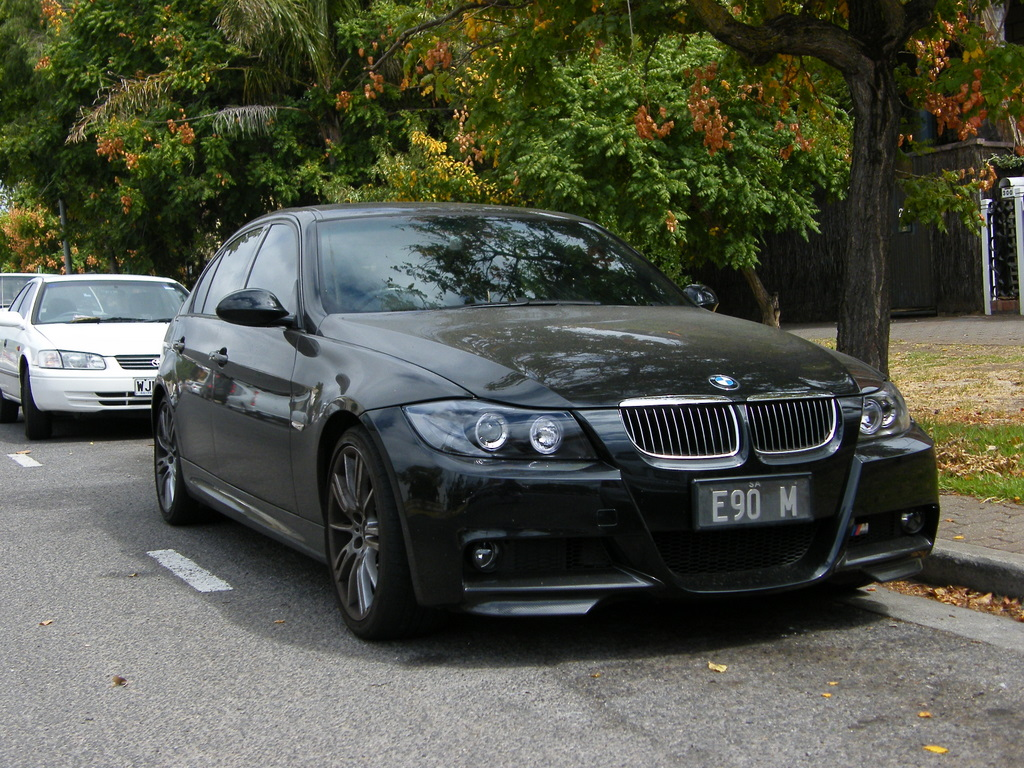 BMW 320i 2008 Photo - 1