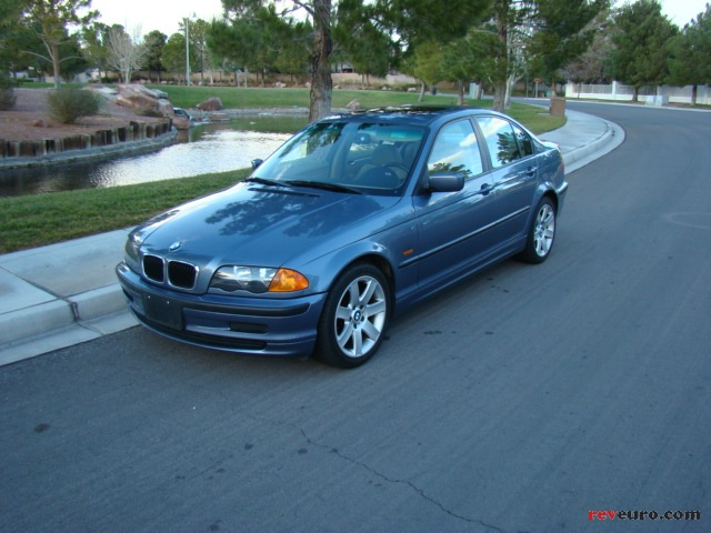 BMW 323i 1999 Photo - 1