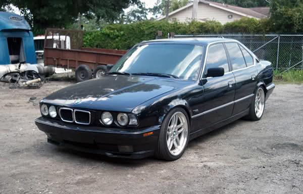 BMW 540i 1995 Photo - 1