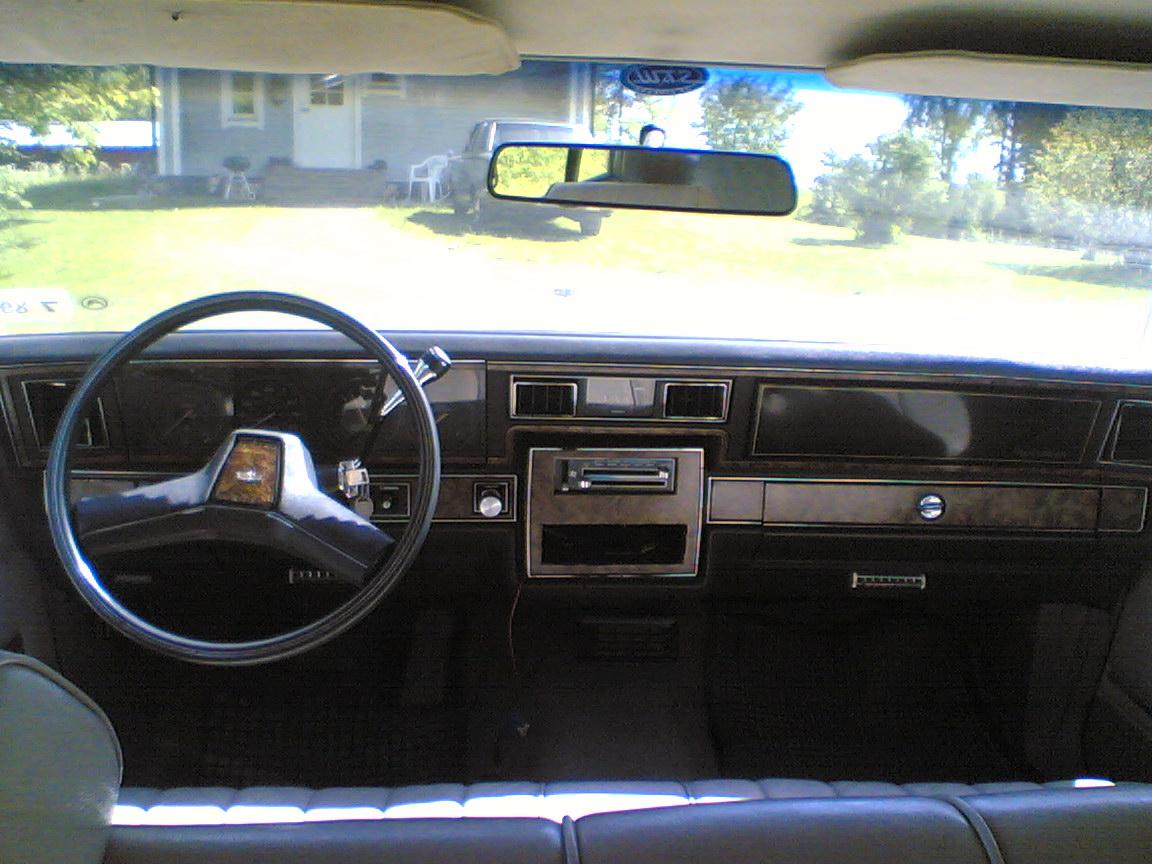 Chevrolet Caprice 1982 Photo - 1