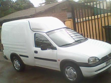 Chevrolet Combo 2001 Photo - 1
