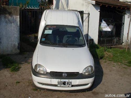 Chevrolet Combo 2002 Photo - 1