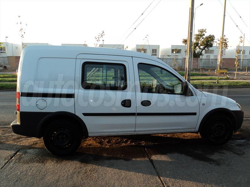 Chevrolet Combo 2008 Photo - 1