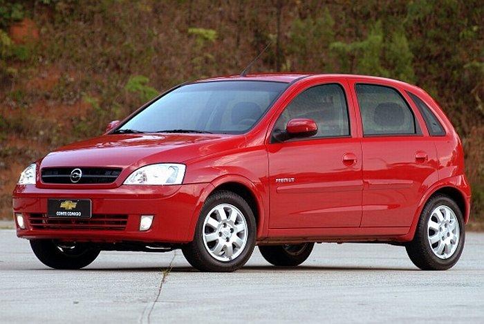 Chevrolet Corsa 2000 Photo - 1