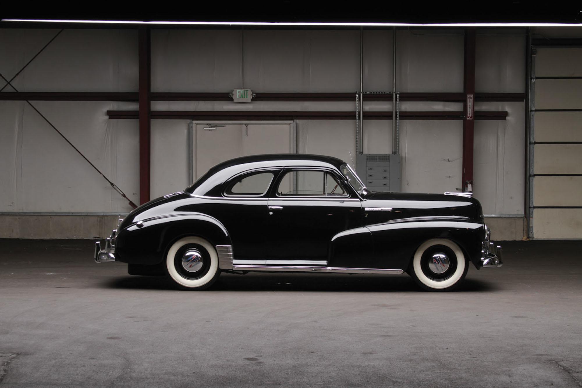 Chevrolet Coupe 1948 Photo - 1