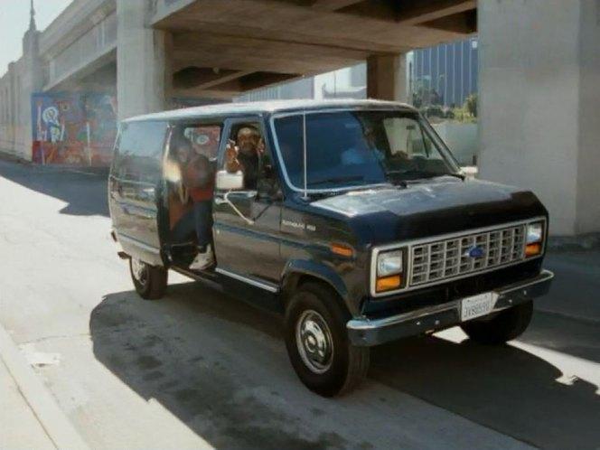 Ford Econoline 1989 Photo - 1