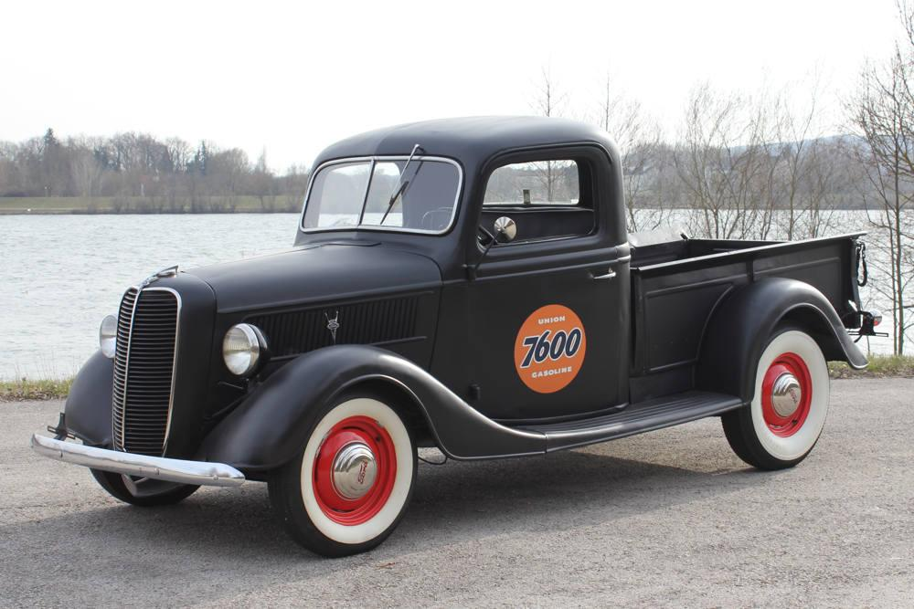 Ford Pickup 1937 Photo - 1
